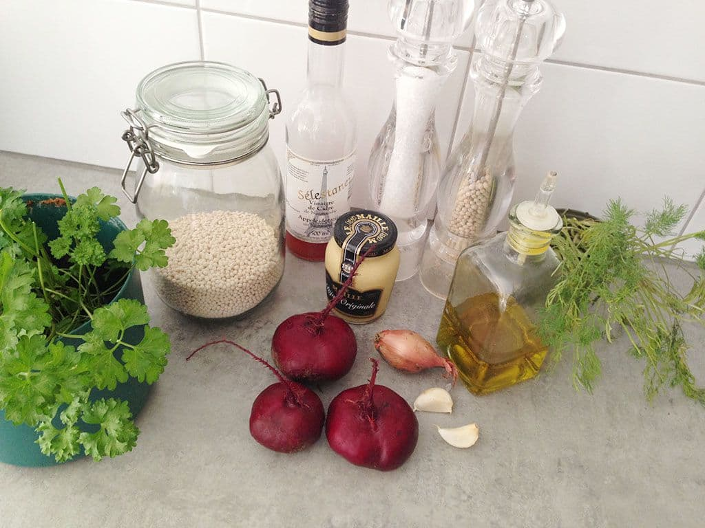 Rode bieten parelcouscous salade ingredienten