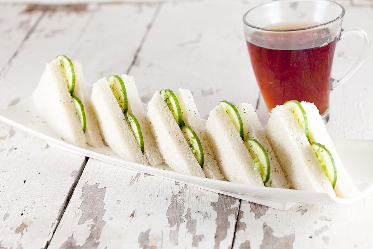 High tea komkommer sandwiches