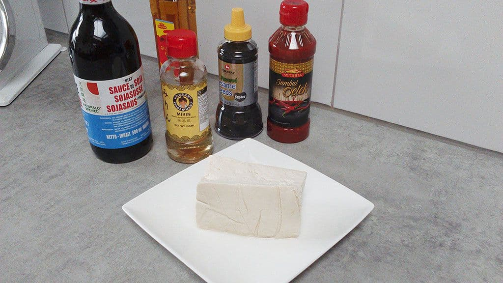 Gemarineerde tofu ingredienten