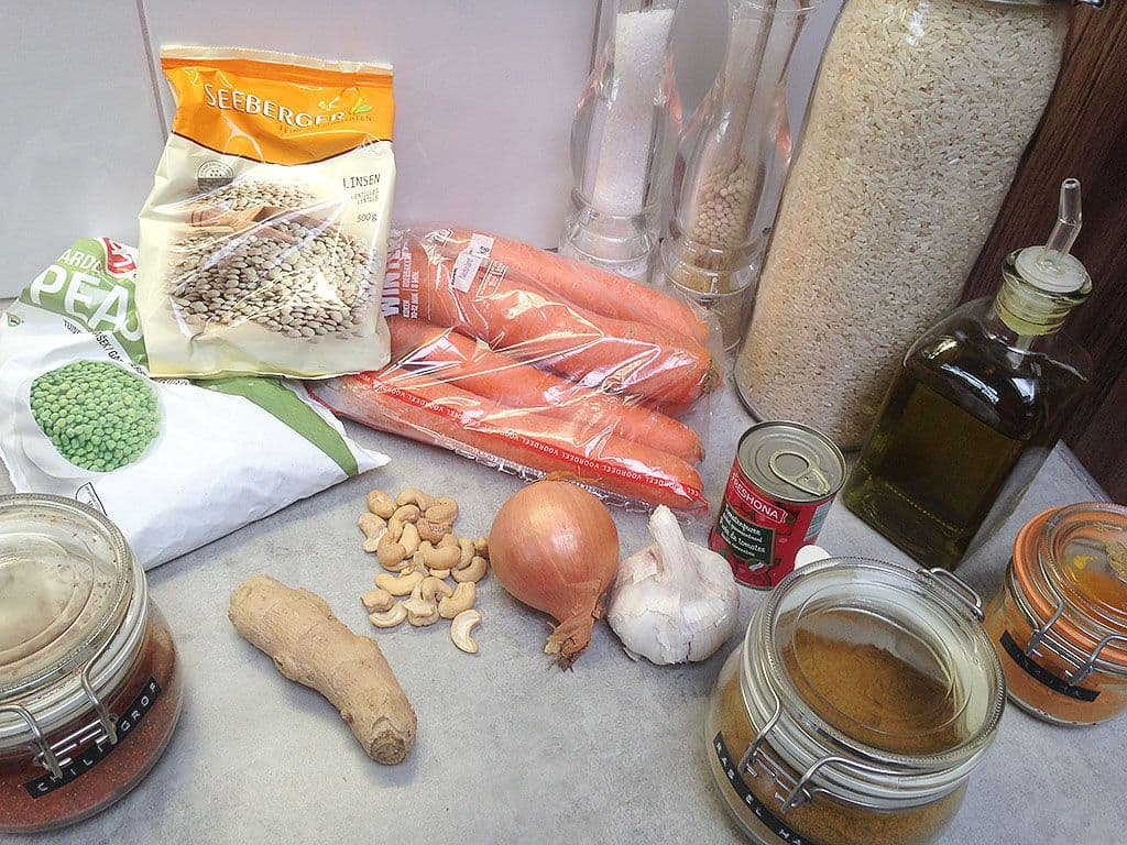 Vegetarische wortel en linzen stoof ingredienten