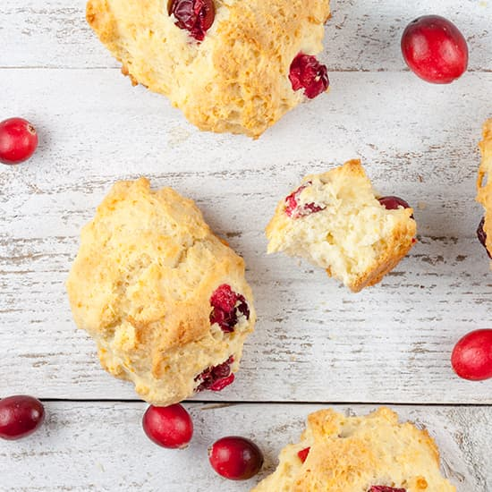 Scones met cranberries en grapefruit