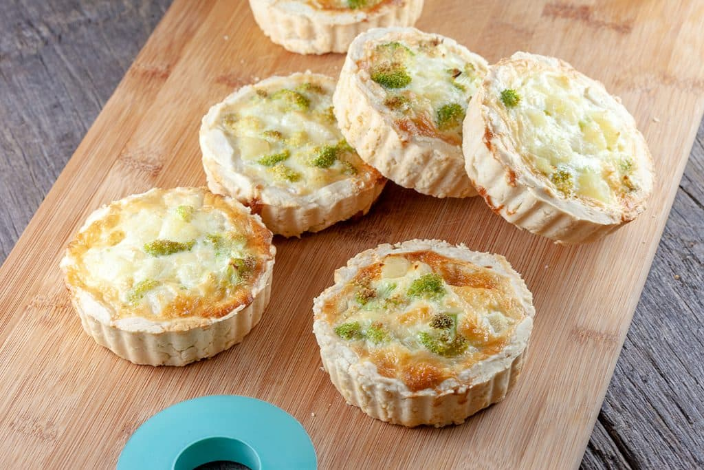 Mini quiches met ananas